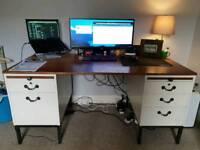 Computer desk - Refurbished