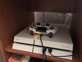 Mint Condition PS4 2TB Glacier White Boxed!