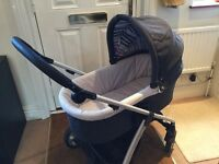 Mamas & Papas Sola Push Chair with Bassinet - £150