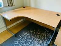 Corner desk and drawers
