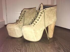 Jeffery Campbell platform beige chunky heels - Size 5