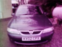 KV 02 CPX Green Vauxhall Vectra manual drive, MOT radio with tape player in good condition