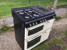 Old stile Ovens