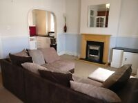 1 Bed Apartment in Roath Adamsdown area. Spacious and Modern Decor