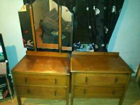Dressing table and matching drawers