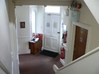 Large self contained single room to rent in Camberley