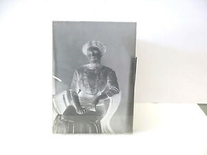 Antique-Glass-Negative-Photo-Plate-5x7-Full-Body-Front-View-Portrait-of-Woman