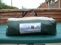 pro action 6 man tent seems in good condition collection from blandford green and brown