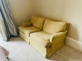 Very comfy sofa! I'm pretty good condition