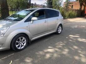 2007 Toyota Corolla Verso 2.2 D-4D SR 5dr 7 seater - drives like new with mot histroy