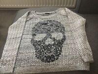 Skull knitted jumper Women's Size 10