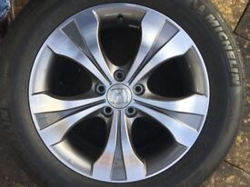 Honda CRV 2014 - Alloy Wheel and Tyre.