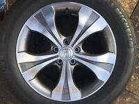 Honda CRV 2014 - Alloy Wheel and Tyre.