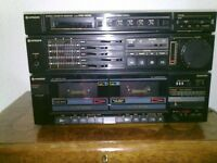 Hitachi twin cassette and radio 40w speakers
