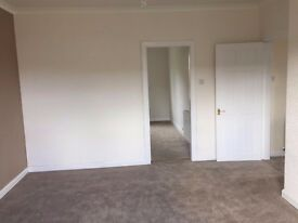 Immaculate 2 Bedroom Flat - Recent Full Renovation Including New Toilet & Kitchen