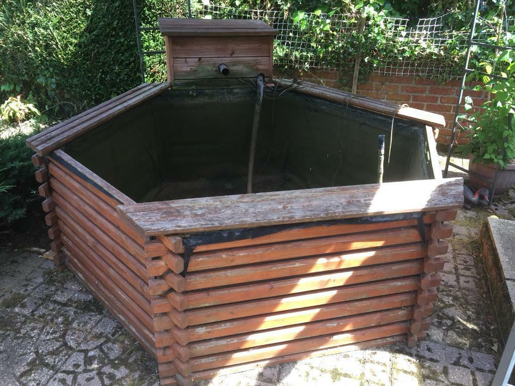 """Pondsin Bury St Edmunds, Suffolk - Hexagon interlocking wooden pond, 6ft x 6ft Depth 2ft 6"""",think it holds 500 gallons,complete set up, all working, buyer to dismantle & collect can help to dismantle & can deliver if local"""