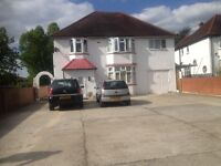 Double Room To Let In Large Detached House In Langley
