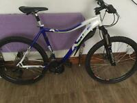 "Dawes 1.6 downhill mountain bike 26"" wheels 19"" frame 24 speed"