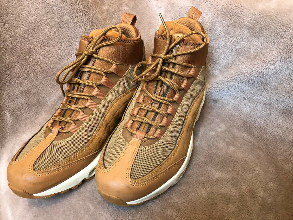 284fbdc95e Mens Nike Air Max 95 Sneakerboot - Flax/White (Size UK 6, Euro 40, US 7)