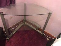 Glass desk in good condition