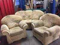 3 piece suite in good condition