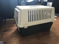 Wire Door Carrier for Cats, Plus Free cat bed