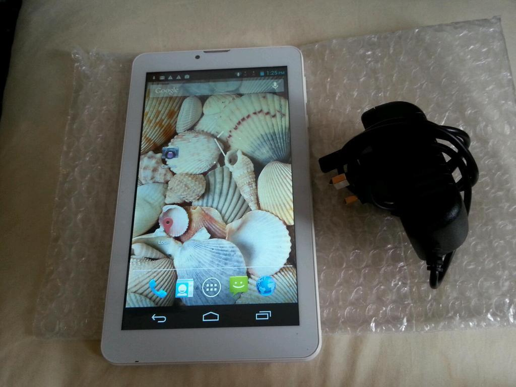 "3g android phone tablet 4gb, 4.4.1, dual cam sim wifiin Sheffield, South YorkshireGumtree - 3g, 7"" android phone sim tablet, used fully working, fast, excellent condition, having 4gb, 4.4.1 wifi, dual cam, sd card slot, playstore. Comes with charger and cable only.Price £ 35 no offers plzS4 Sheffield pagehallCan deliver for fuel cost"