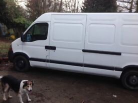 2007 Renault master lm35 dci 100 panel can in white.