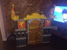 Mega bloks adventure castle