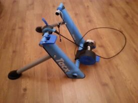Tacx Turbo Trainer (like new) Train at home for next summer