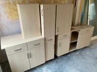Kitchen base / wall Cabinets