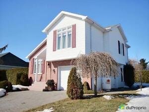 339 000$ - Maison à paliers multiples à vendre