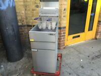GAS NEW FRYER MACHINE CATERING COMMERCIAL KITCHEN FAST FOOD TAKE AWAY SHOP