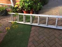 Ladders, extending d rung 4m