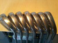 Rh Srixon iron set