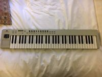 Novation ReMOTE 61 LE Midi Keyboard
