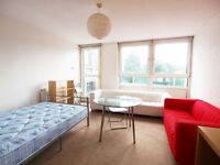 Large 3/4 bed flat ideal for sharers set between Kentish Town & Gospel Oak perfect for students