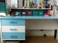 Desk funky style