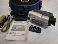 CANON V65 Hi PAL Classic Hi8 Video Camcorder with accessories