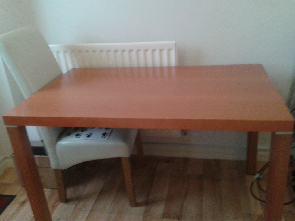 For Sale dining table and 4 chairs.