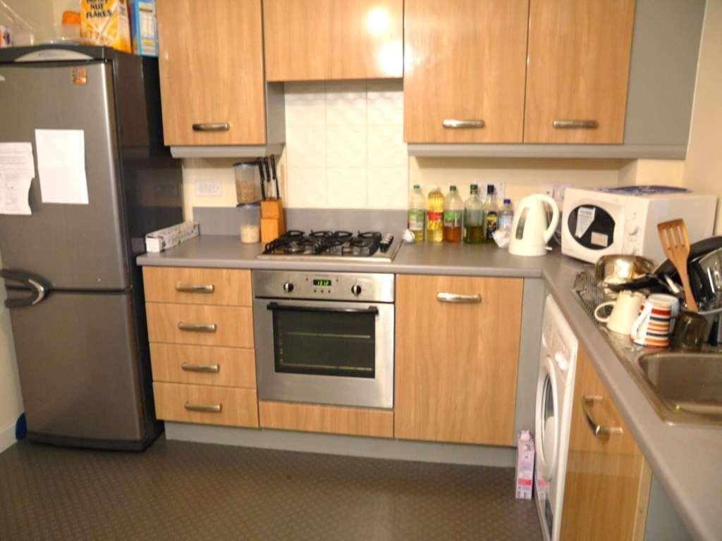 4 bedroom house in Cornwall Street, Openshaw