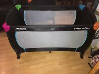 Hauck play pen / travel cot