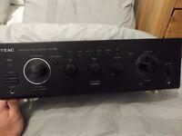 TEAC HiFi amplifier A-R650