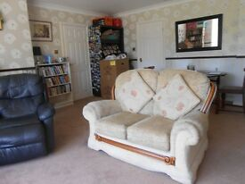 DOUBLE ROOMS IN S17, BRADWAY, SUIT TWO FRIENDS