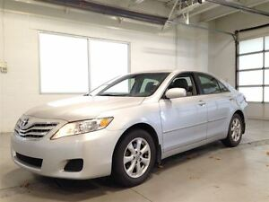 2010 Toyota Camry LE| CRUISE CONTROL| POWER SEAT| A/C| 107,560KM Cambridge Kitchener Area image 3