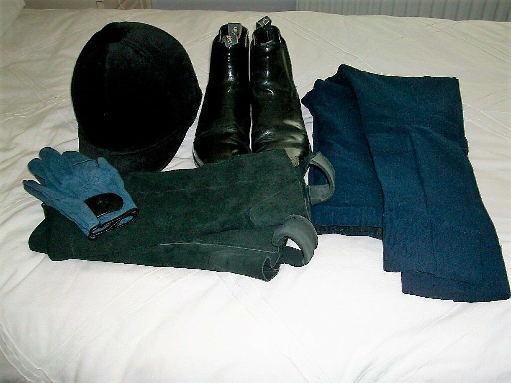 Set of Riding Clothes
