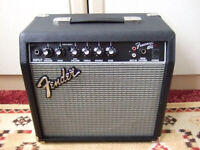 Fender Frontman 15G Electric Guitar Amplifier ( small combo amp )