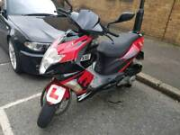 I'm selling my 125 moped