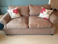Comfy 3 seater sofa in great second hand condition!