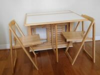 Dining table and 4 chairs (all folding), white with natural trim